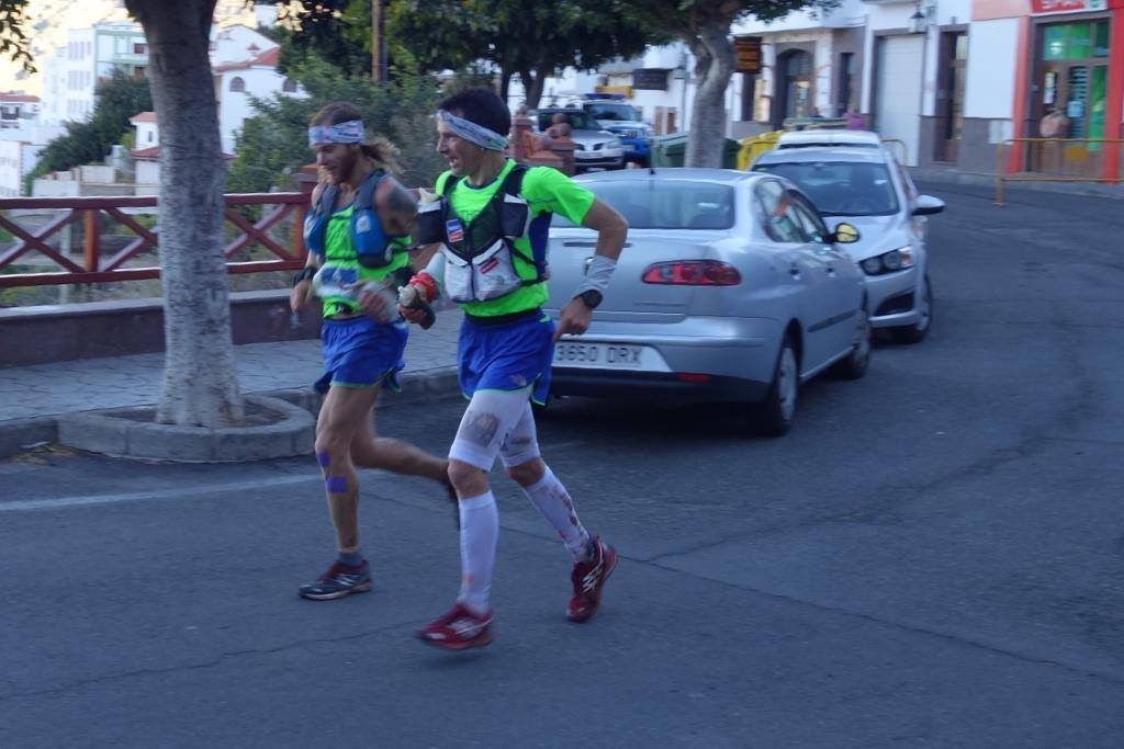 Transgrancanaria 125k - At Tejeda with Sebation Chaigneau, running to Garanon.